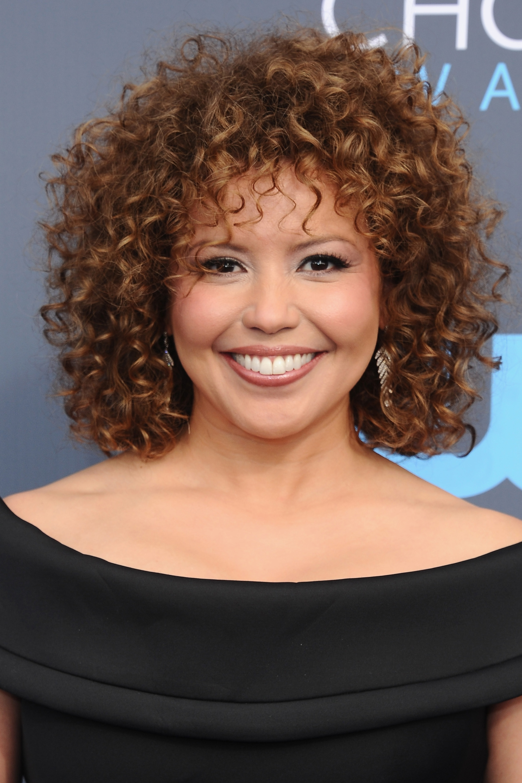 19 Celebrity Short Curly Hair Ideas