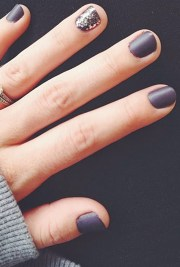 gray nail art ideas - chic manicures