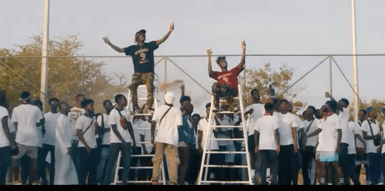Music Video: Kofi Mole feat. Kwesi Arthur – Mensah