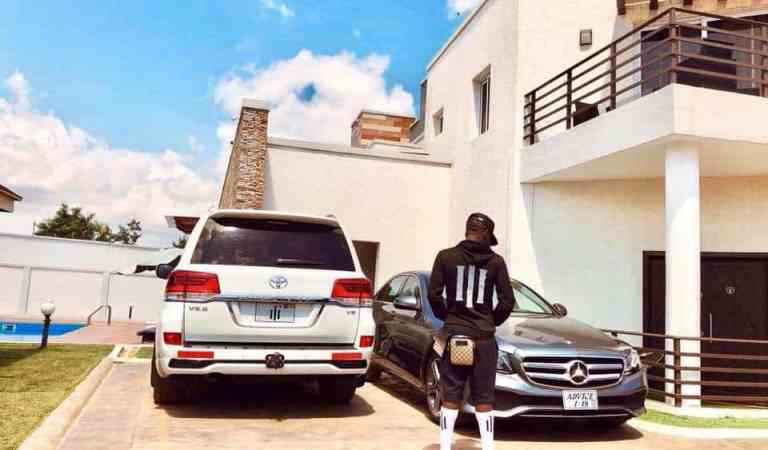 "Small ""Advice"" Sark give Wale norrrr, Shatta go buy Benz"