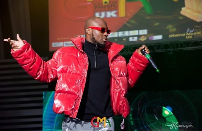 King Promise finally jets off to USA for Tour
