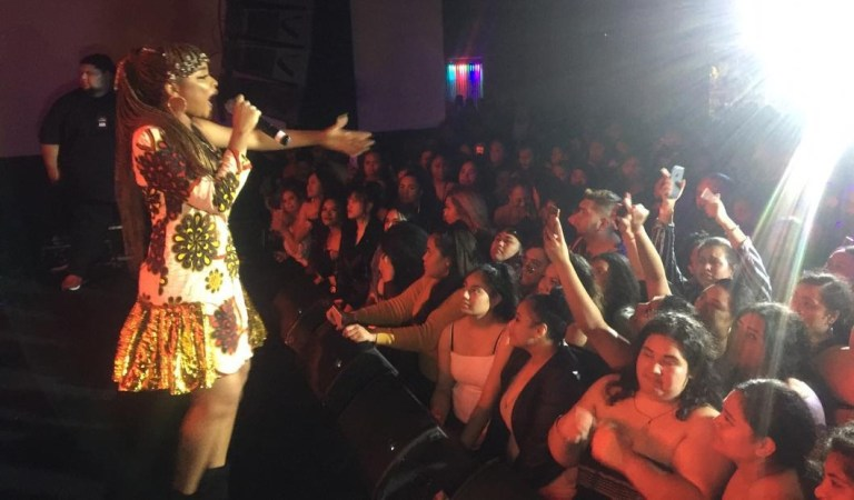 Watch: Adina gets massive reception at 'Sekifest' Pacific Ocean tour