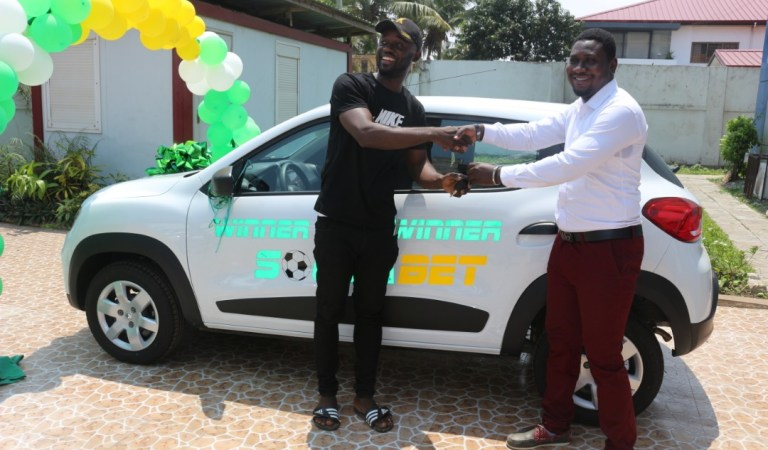 Photos: SoccaBet gives away fifth car in Massive Promo