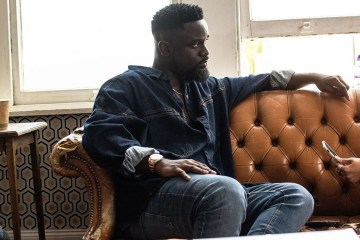 Sarkodie assures fans he will tour world next year starting from Africa 10