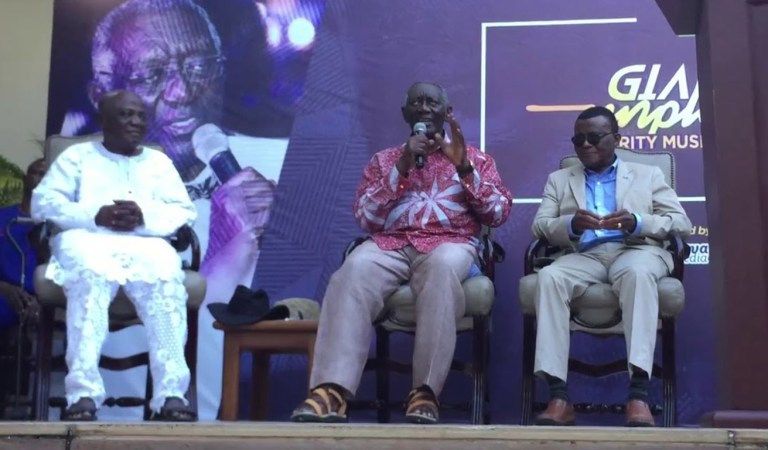 Ex Prez. Kufuor and the Kufuor Foundation to build a theatre at the University Of Ghana