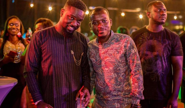 Sarkodie Has Featured Someone Bigger Than Jay Z – Possigee Claims