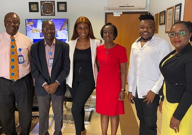 Photo: Wendy Shay finally meets FDA Board