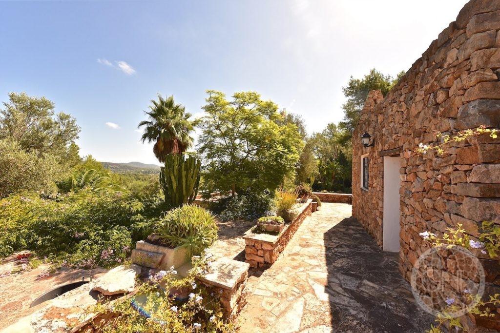 ¿Cómo se crea un jardín mediterráneo?