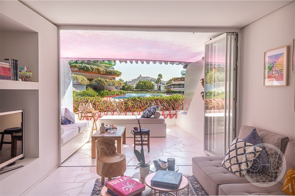 Excellent opportunity in Marina Botafoch