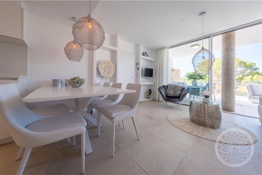 Sleek apartment with sea views in modern complex