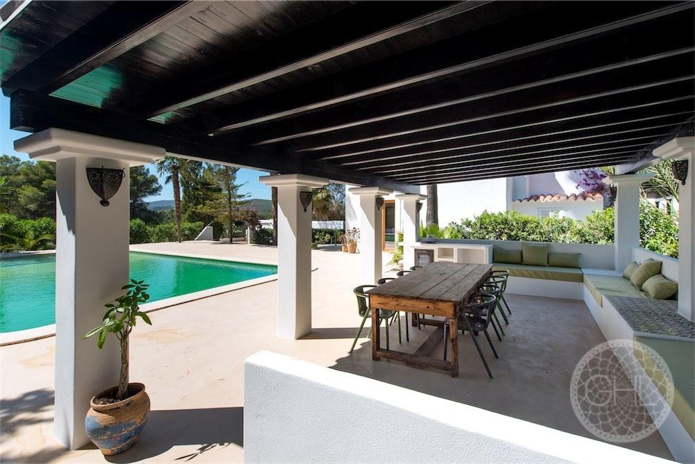 Gould Heinz Lang Ibiza Property Santa Gertrudis 4 Resized