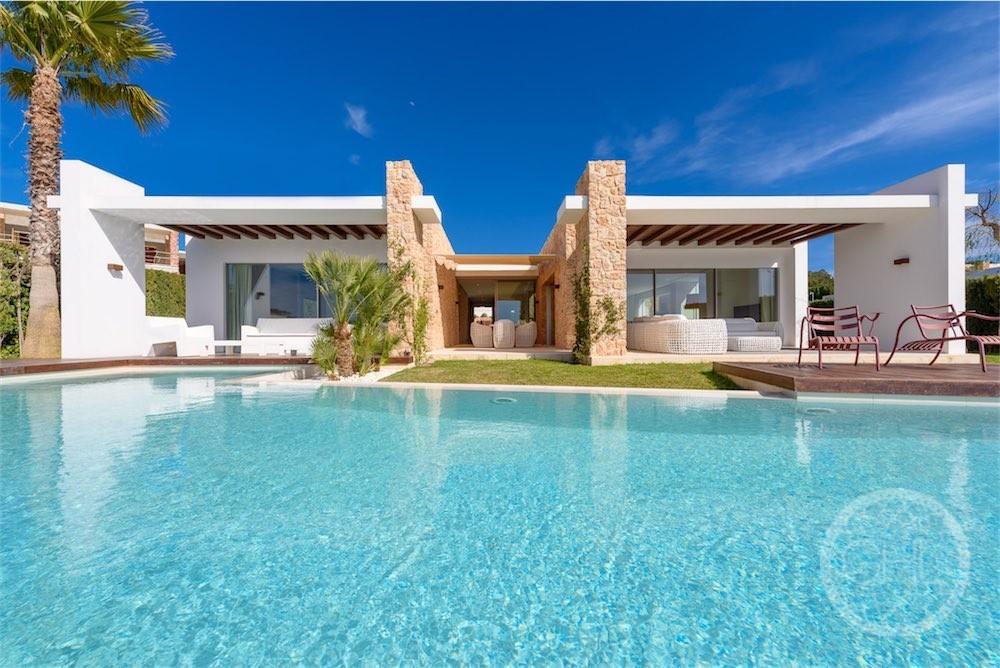 Belle villa moderne près de la plage