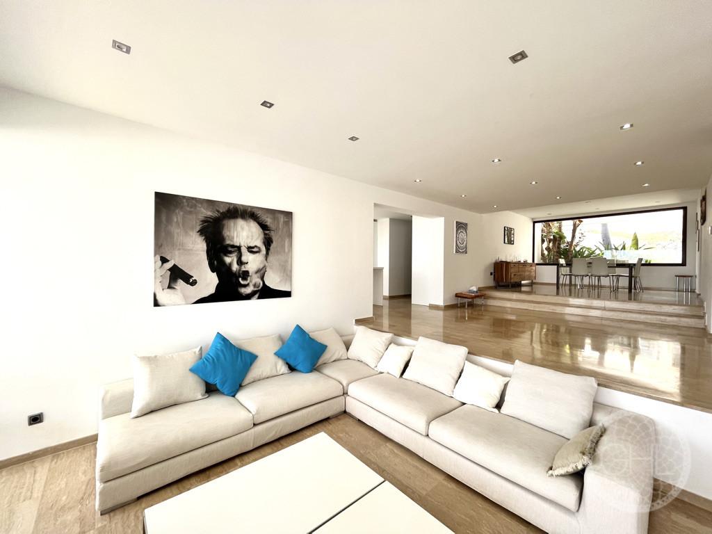 White Ibiza Property 1901 32
