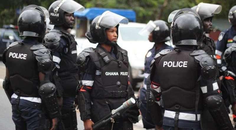 Police gun down carjackers
