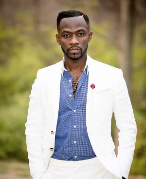 Okyeame Kwame rewarded by Eduction Ministry