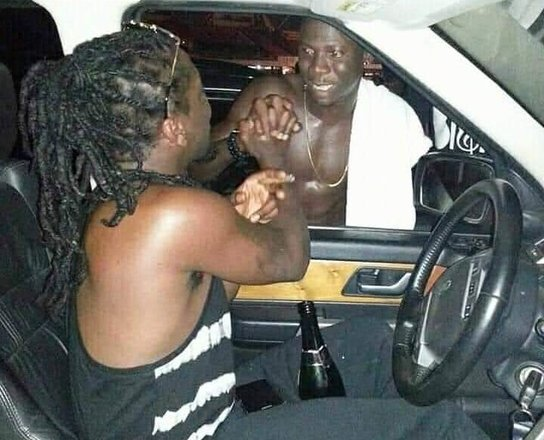 """Samini threatens to expose Stonebwoy's hypocrisy: """"You Can't Do Two Face And Fan Fool People"""""""