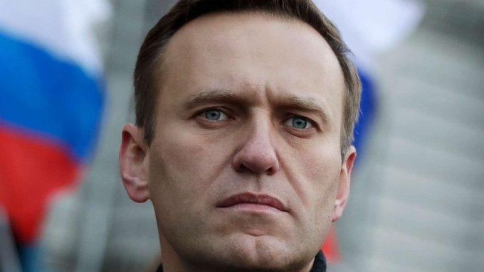 Kremlin says no reason for now to investigate Alexei Navalny's illness