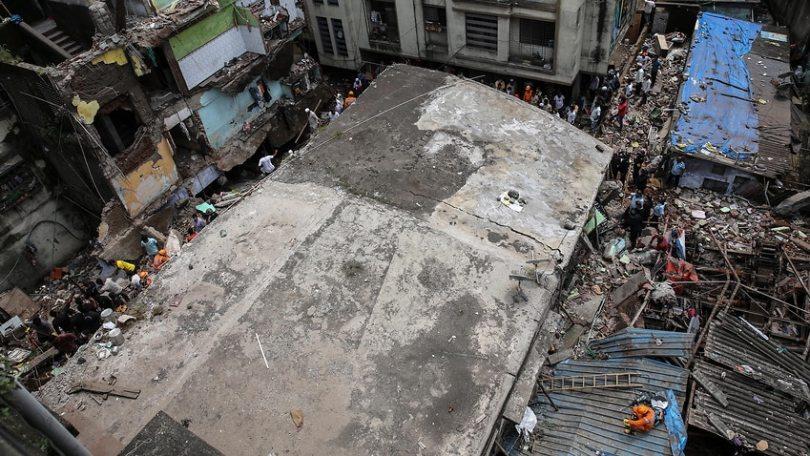 Ten dead in residential building collapse near Mumbai