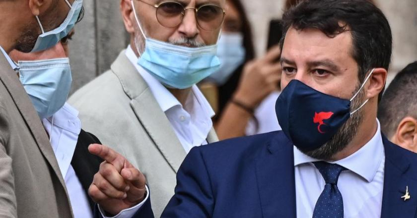 Italy's Salvini rallies fans on eve of migrant abuse court hearing