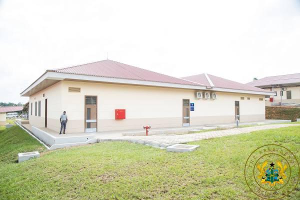 President Akufo-Addo commissions 60-bed Twifo Praso hospital