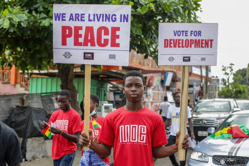 Thousands yearn for peace with gospel singer Kobbysalm