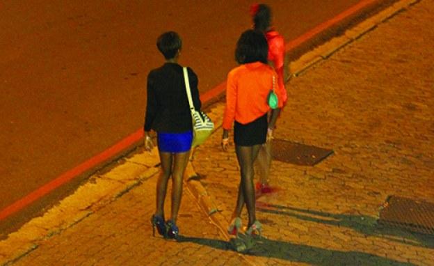 Zimbabwe: 'Night Curfew is Killing Us' – Sex Workers Moan