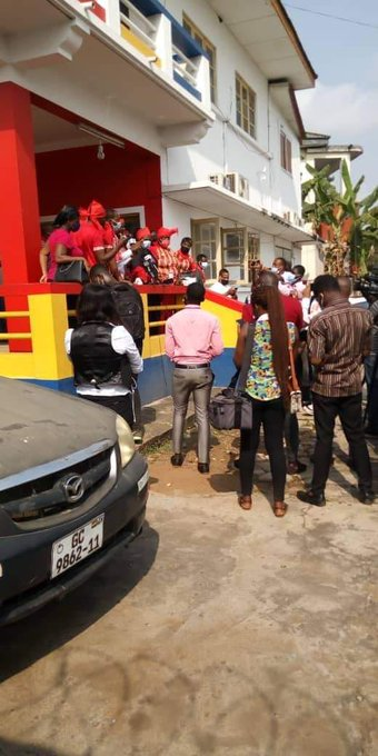 Danger: Angry Hearts of Oak fans storms club secretariat....prevent staff from entering premises