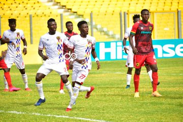 GPL: Goalkeepers steal show as Asante Kotoko, Hearts game ends in a draw