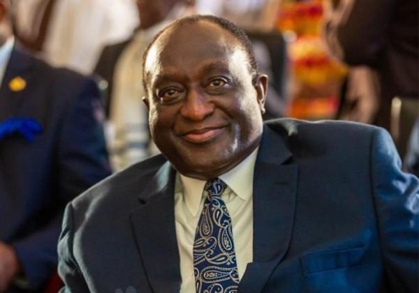 Alan Kyeremanteng, others supporting Dzata Cement a sign of fixing the country – Economic Writer