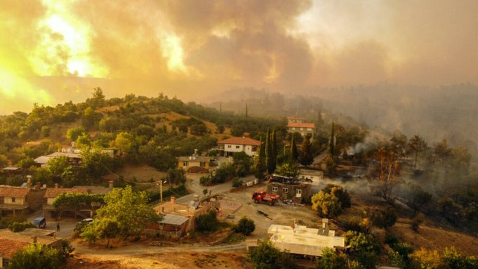 Tourists and villages evacuated as wildfires rage across Turkey, Greece, Italy