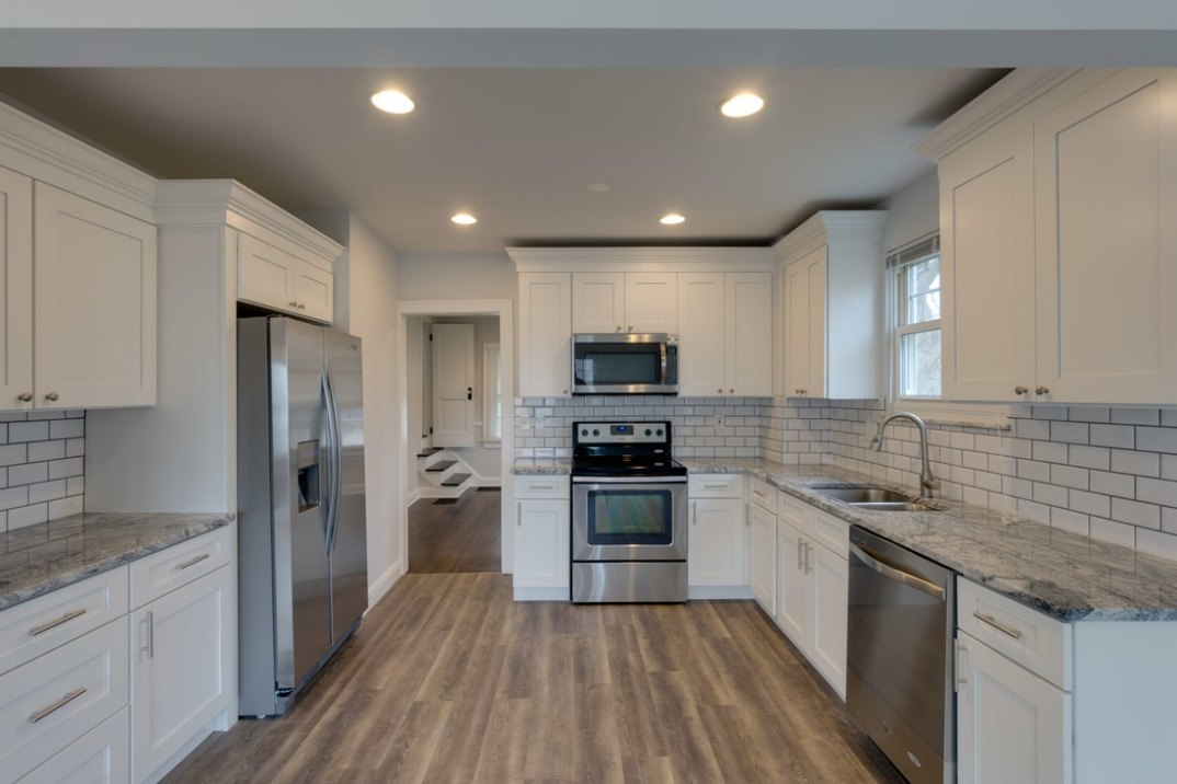 Pleasing Shaker White Kitchen Cabinets Columbus Ohio Home Home Interior And Landscaping Transignezvosmurscom