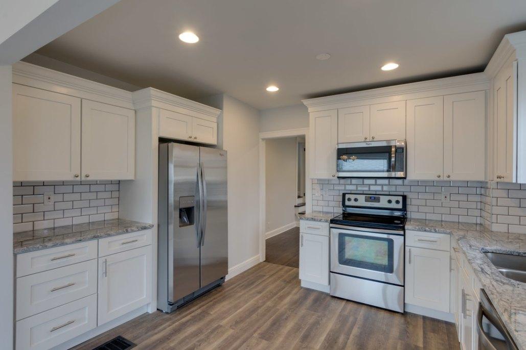Shaker White Kitchen Cabinets - Columbus, Ohio - Home ...