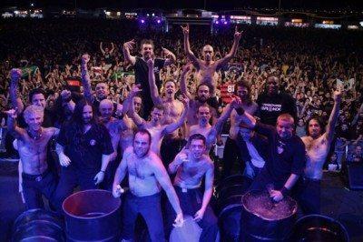 Sepultura e Les Tambours du Bronx - Rock In Rio 2011