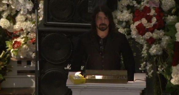 Dave Grohl eulogizes Lemmy
