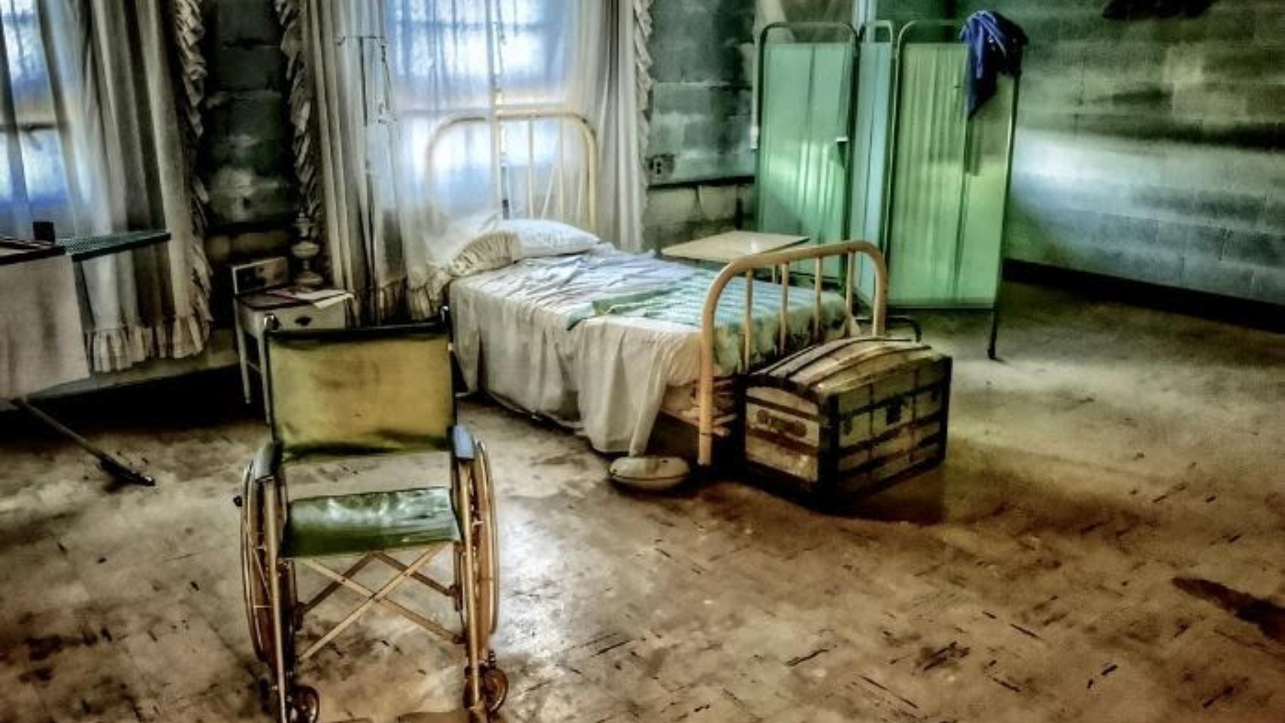 Rolling Hills Asylum Ghost Hunt