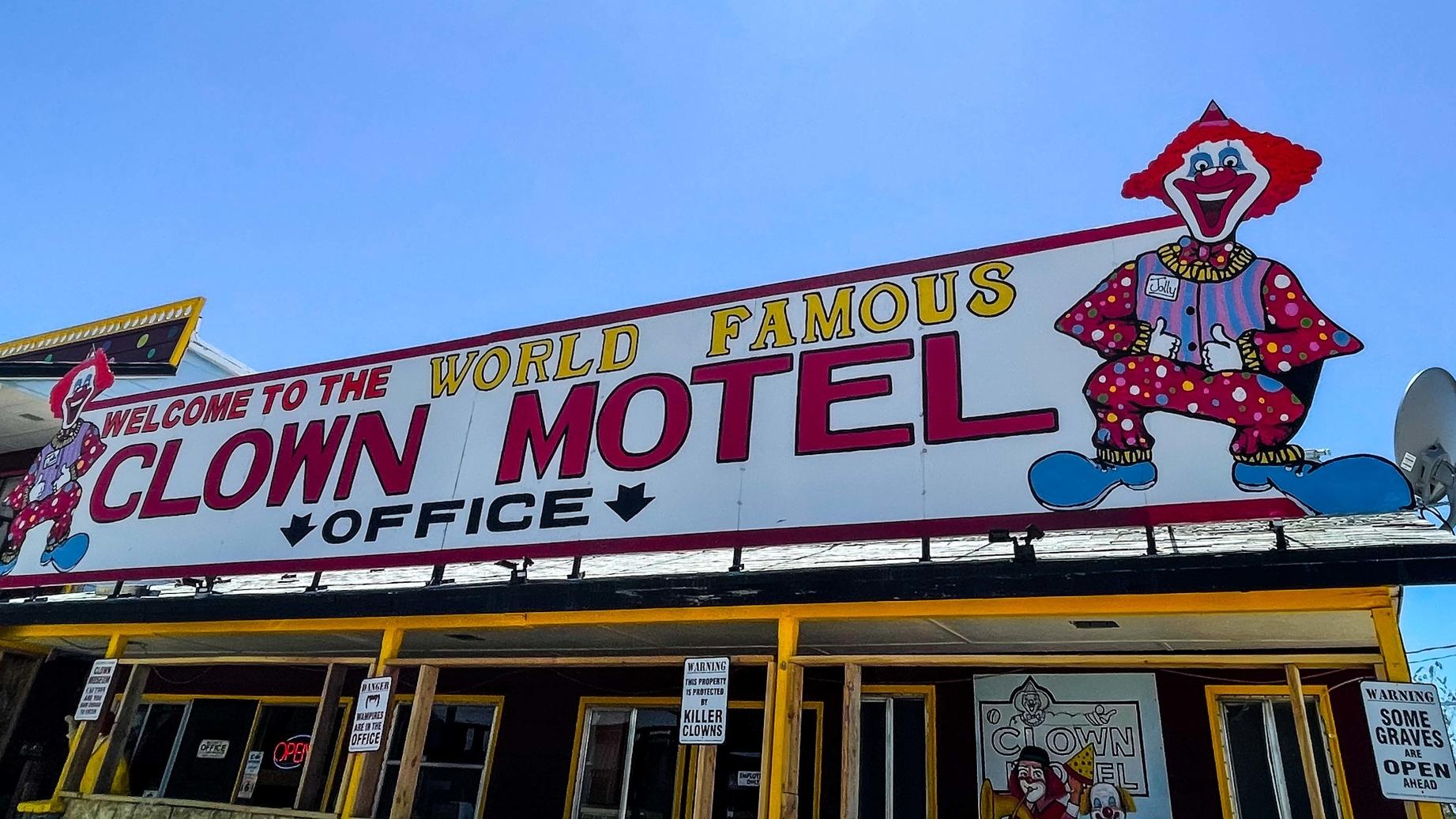 Clown Motel Ghost Hunt  Tonopah, Nevada  Friday November 19th 2021