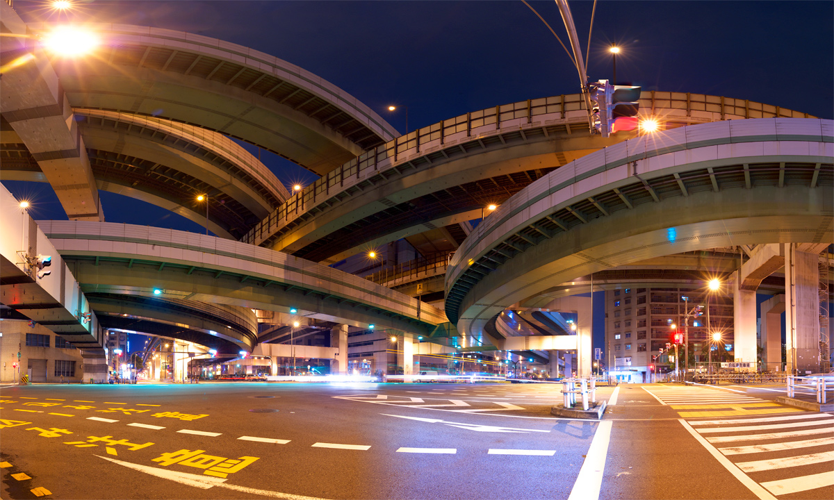 japan-photo-curved-elevated-roads