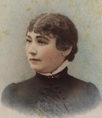 Sarah Winchester By Taber Photographic Co. (I.W. Taber?) - History San Jose Research Library, Public Domain, https://commons.wikimedia.org/w/index.php?curid=11192936