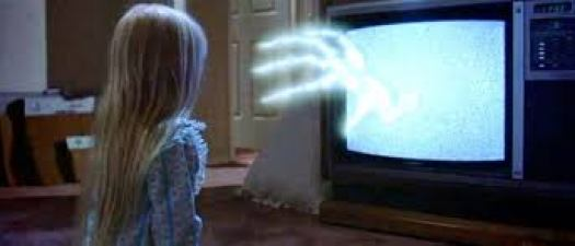 Carol Anne and Spooky Hand coming from the T.V. http://poltergeistfan.blogspot.com/2015/09/the-curse-on-poltergeist-movie-is-real.html