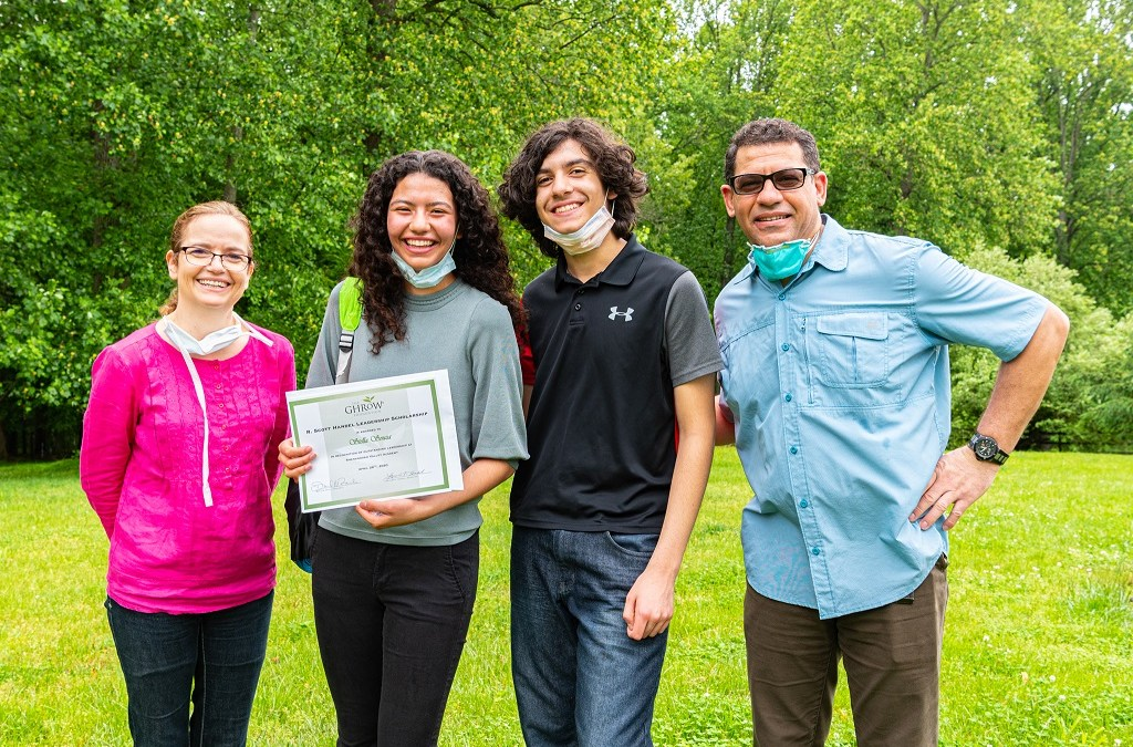 Meet Stella Souza – 2020 Leadership Scholar.