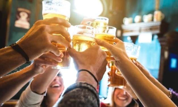 COVID-19 Vaccine Required For LA County Bars, Breweries, and Nightclubs