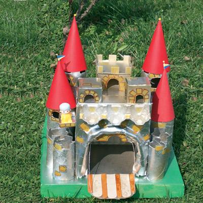 Κατασκευή Κάστρου από Τενεκεδάκια