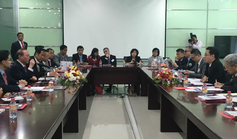 發展局局長柬埔寨推動商貿合作(附圖)