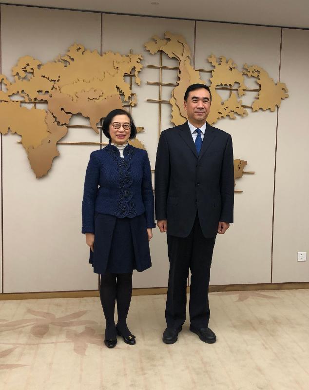 食物及衞生局局長展開訪問北京行程(附圖)