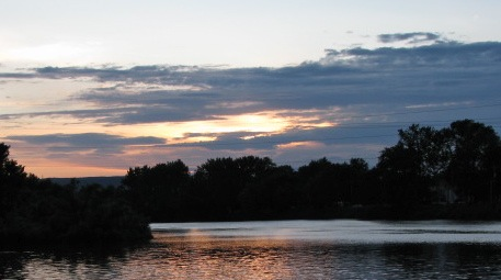 NW sunset view from Schenectady's Riverside Park - 03July09