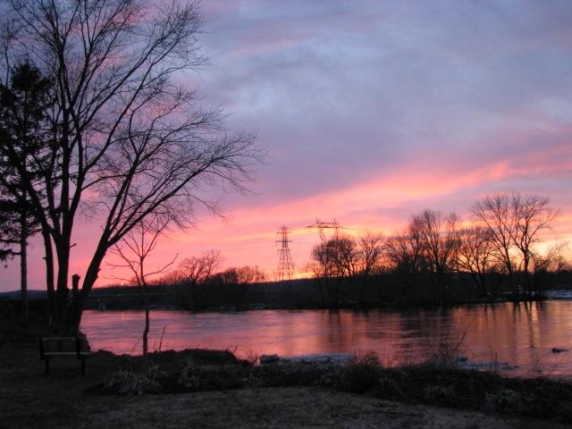 pastel sunset at Riverside Park - 11Mar09