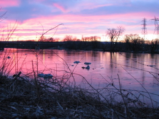 pastel sunset after the ice jam - 11Mar09