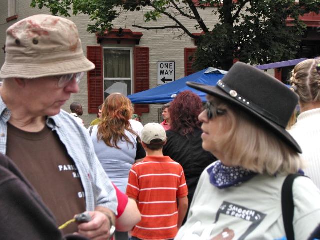 Gregg Millett & Ann Parillo at the Stockade Outdoor Art Show - 12Sep09