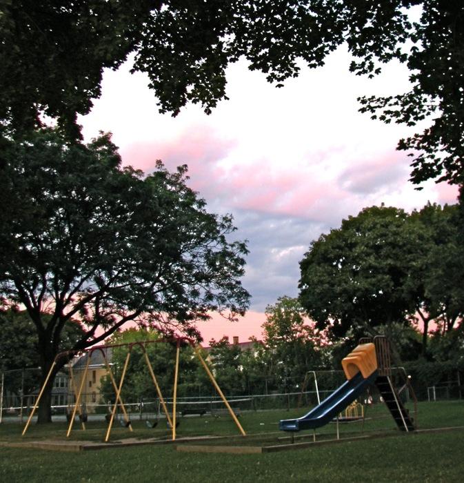 eastern view of sunset behind the Riverside Park swings - 02Sept08