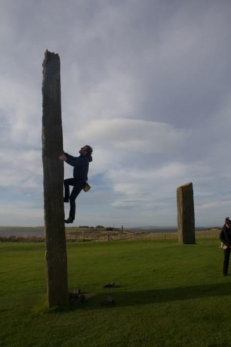 giro della scozia climb trek mountainspace giacomo longhi michele gusmini elisa broggi camp cassin dynastar racer orcadi skye arrampicata scotland greta molinari highland hoy (22)